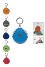 Keyring with cleaning coth