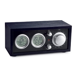 Desk radio with LCD clock